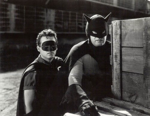 batman-1943_2 Batman e Superman nos Cinemas