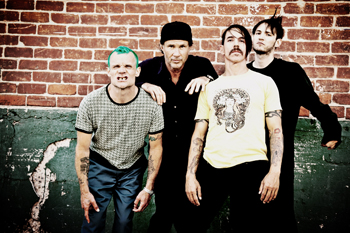 red-hot-chilli-peppers O retorno de Blink 182 e Red Hot Chili Peppers!