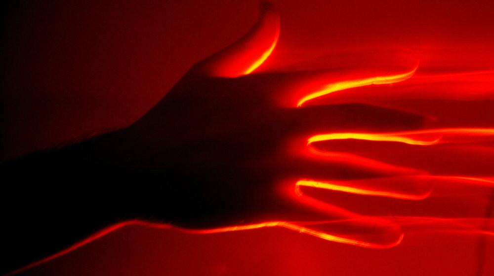 redright-hand