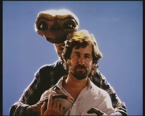 ET1 Steven Spielberg e a ufologia - Parte 1