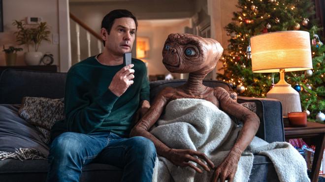 et2 E.T. retorna em um comercial maravilhoso com ator original