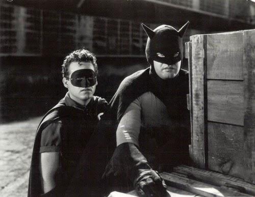 batman-1943_2 Batman e Superman nos Cinemas