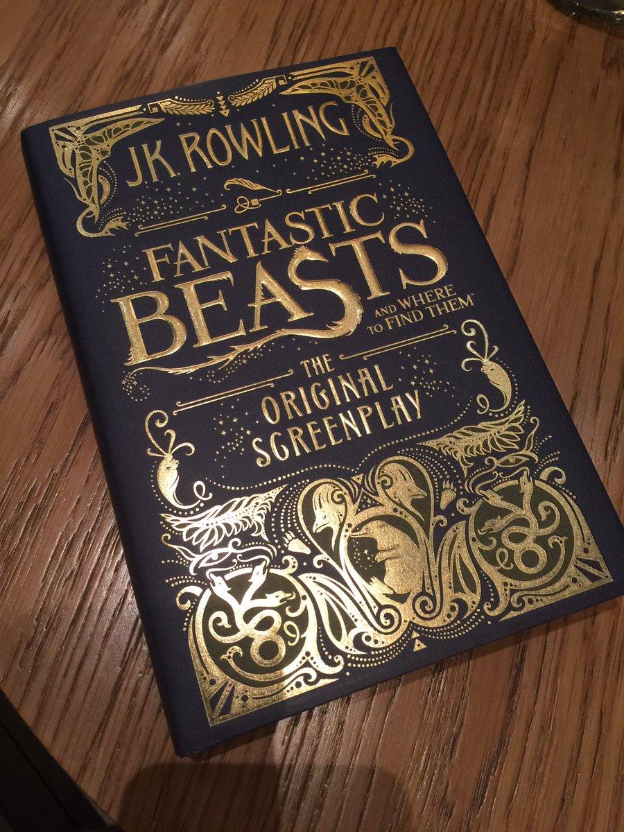 CvxnMLoWcAAjEMw J.K. Rowling revela imagem do roteiro de Animais Fantásticos e Onde Habitam