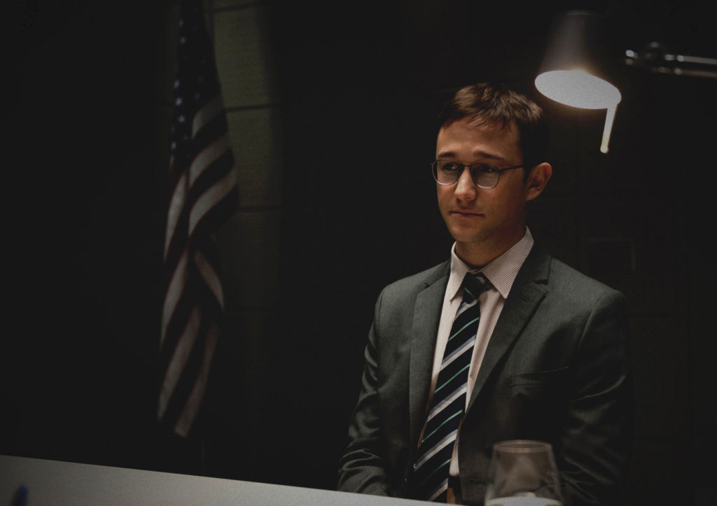 snowdwn_final Crítica: Snowden: Herói ou Traidor