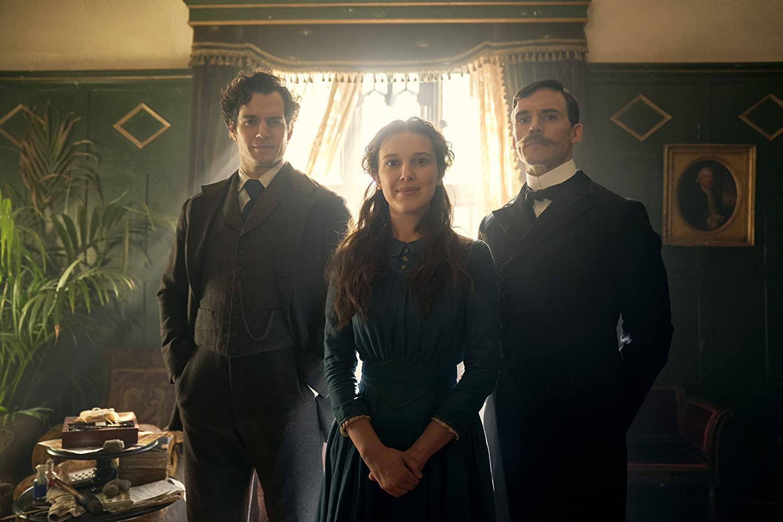 Enola-Holmes Enola Holmes: Millie Bobby Brown estreia filme como irmã de Sherlock